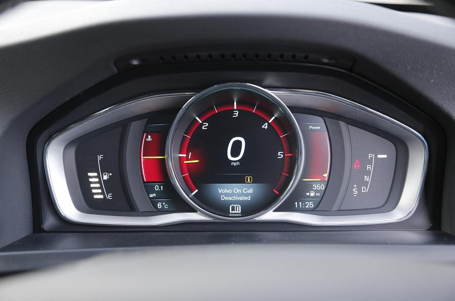 Volvo V60 D4 R Design Nav First Drive