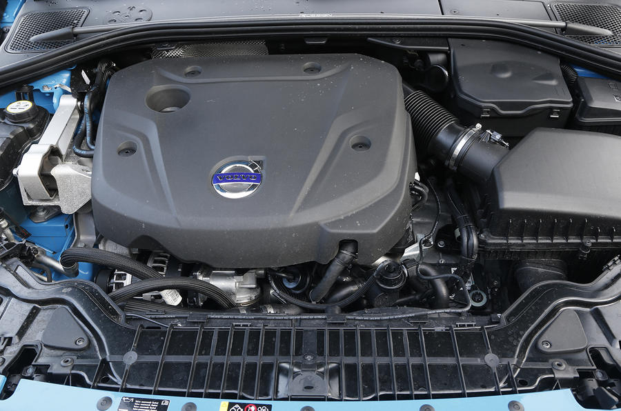 Volvo V60 D4 R-Design Nav first drive