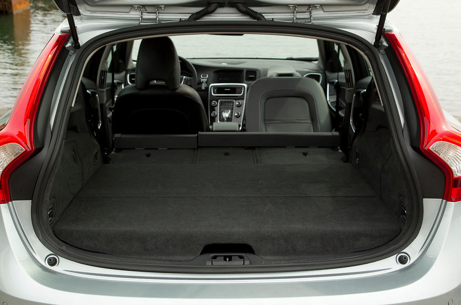 Volvo V60 D6 boot space