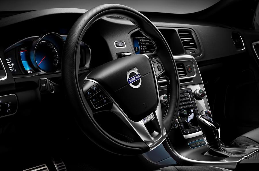 Volvo V60 Review (2017) | Autocar