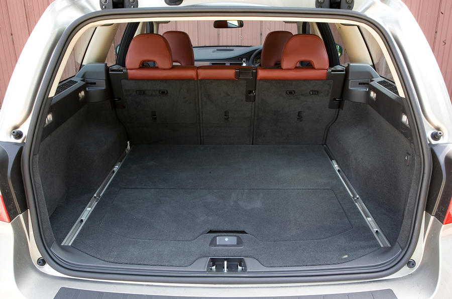 Volvo V70 boot space