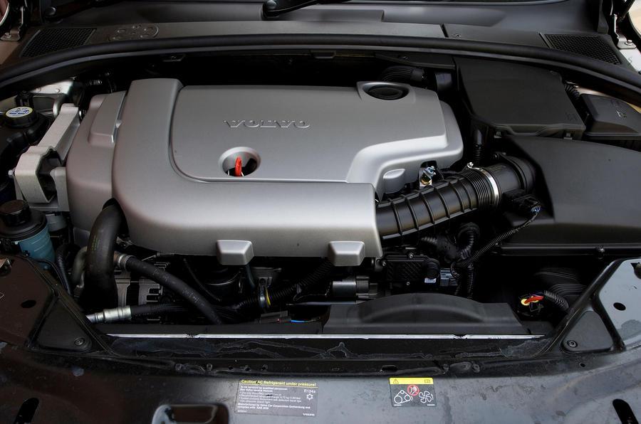 Volvo V70 diesel engine