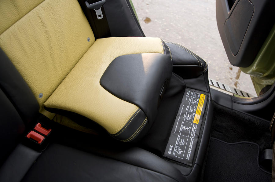 Volvo XC60 two-tone leather upholstery
