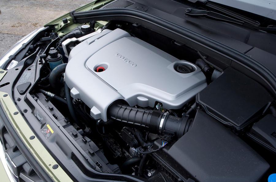 Volvo XC60 D5 diesel engine