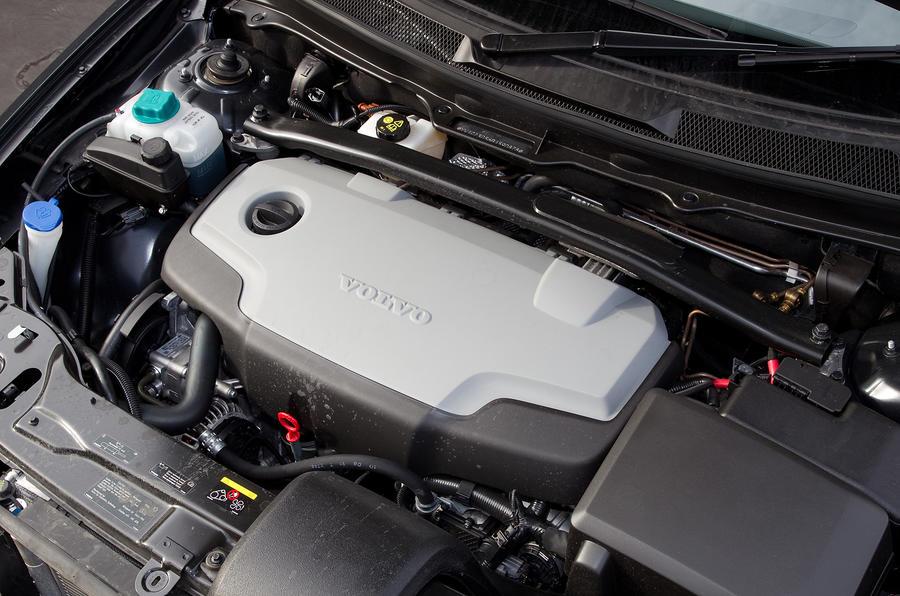 2.4-litre Volvo XC90 diesel engine