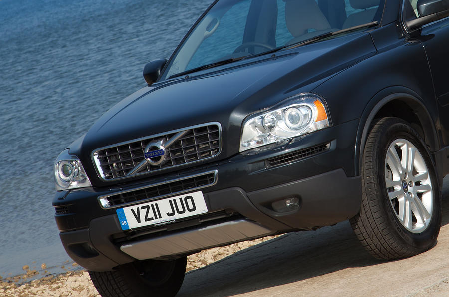 Volvo XC90 front end