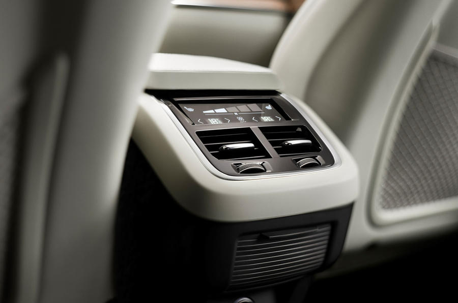 Next-gen Volvo XC90 interior revealed
