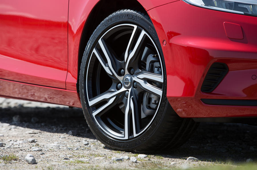 Volvo V40 alloy wheels