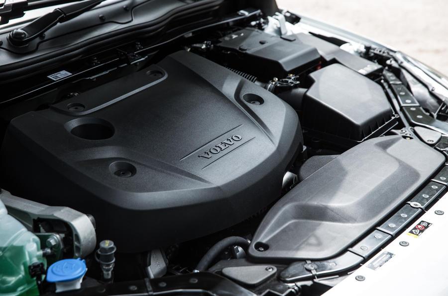 2.0-litre Volvo V40 Cross Country diesel engine