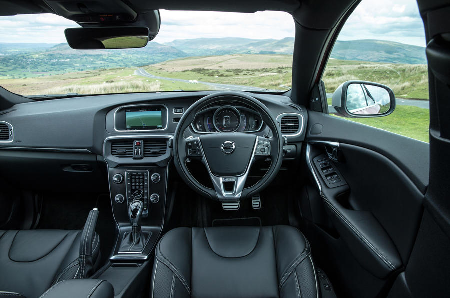 Volvo V40 Review 2017 Autocar