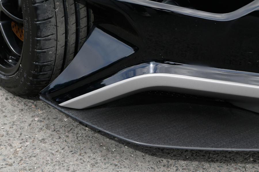 Vuhl 05 front splitter