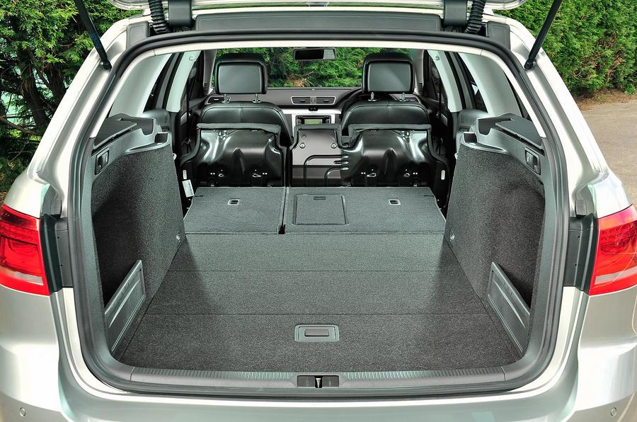 Volkswagen Passat Alltrack 2 0 Tdi 170 Review Autocar