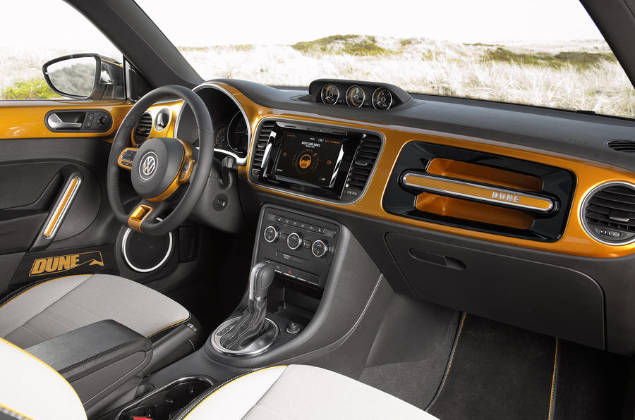 Volkswagen Beetle Dune concept interior