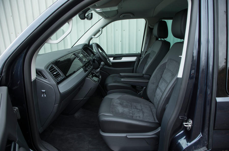 Volkswagen Caravelle interior