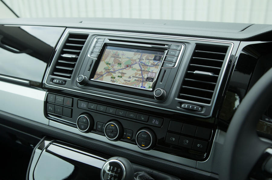 Volkswagen Caravelle infotainment system