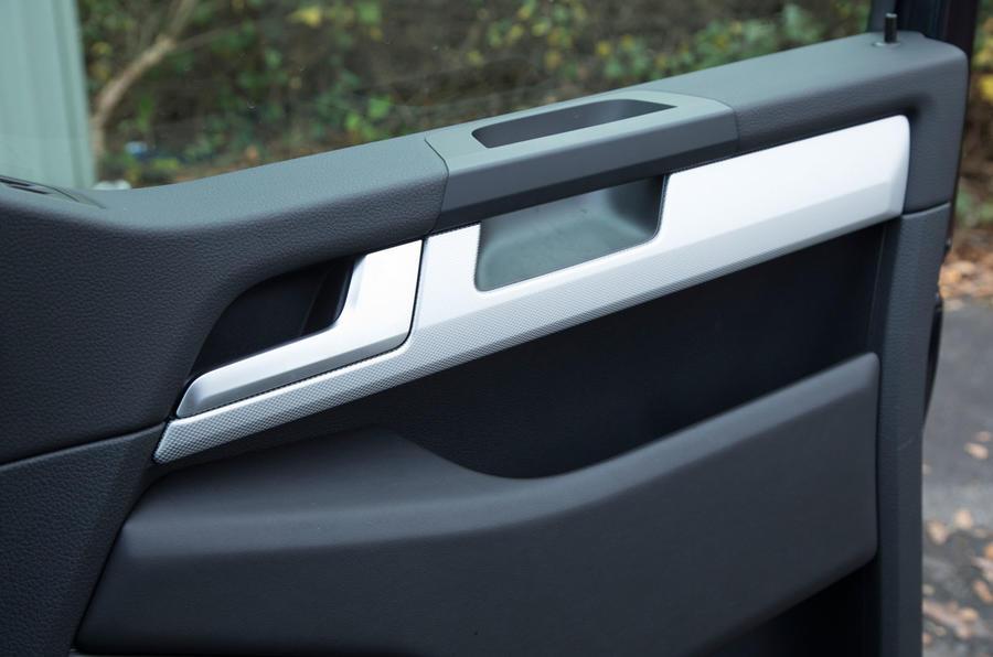 Volkswagen Caravelle door trim