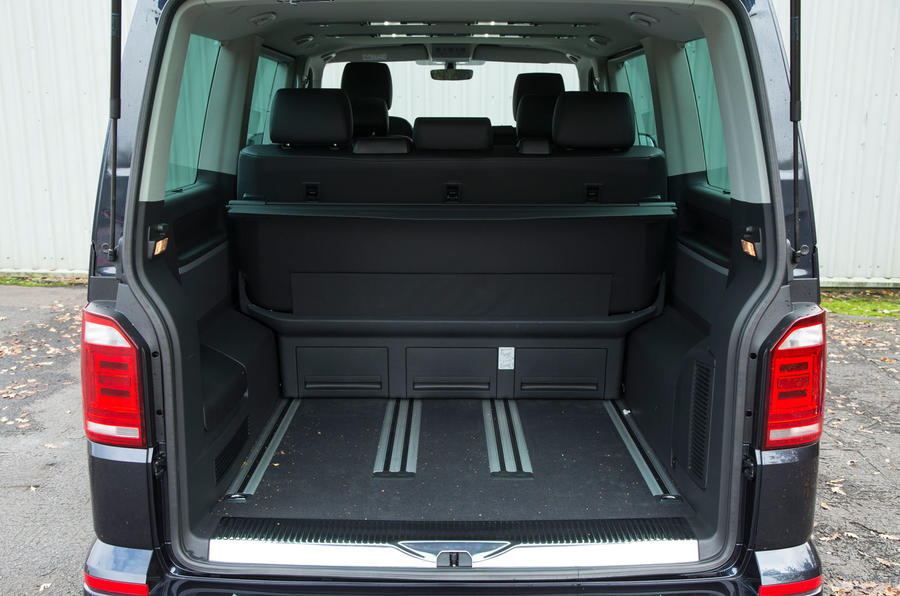 Volkswagen Caravelle T6 seating flexibility