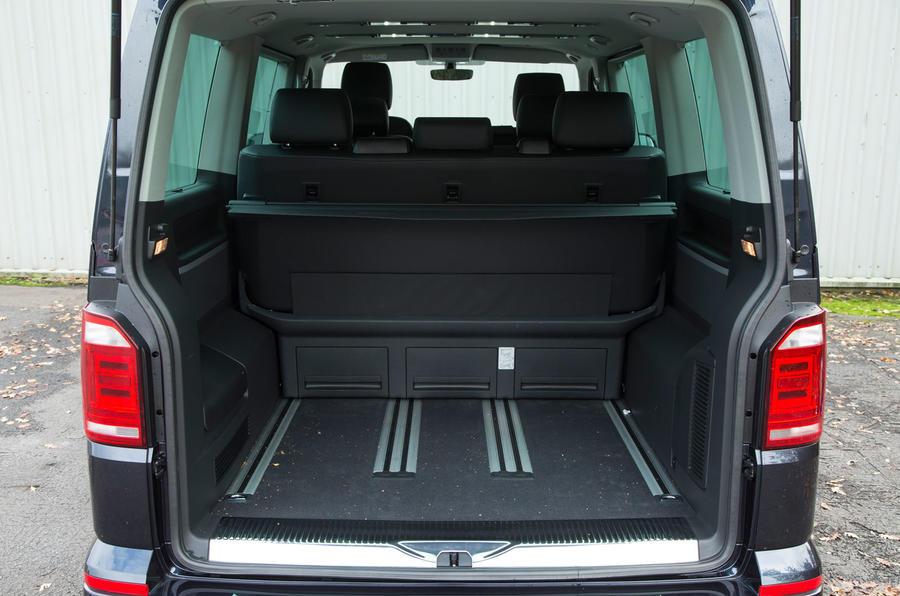 Volkswagen Caravelle T6 seating flexibility