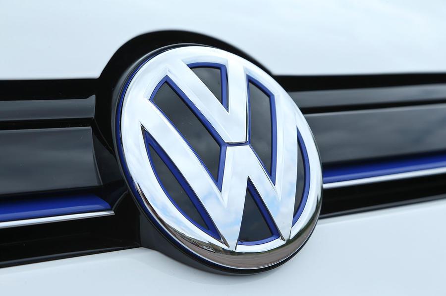Volkswagen badgint