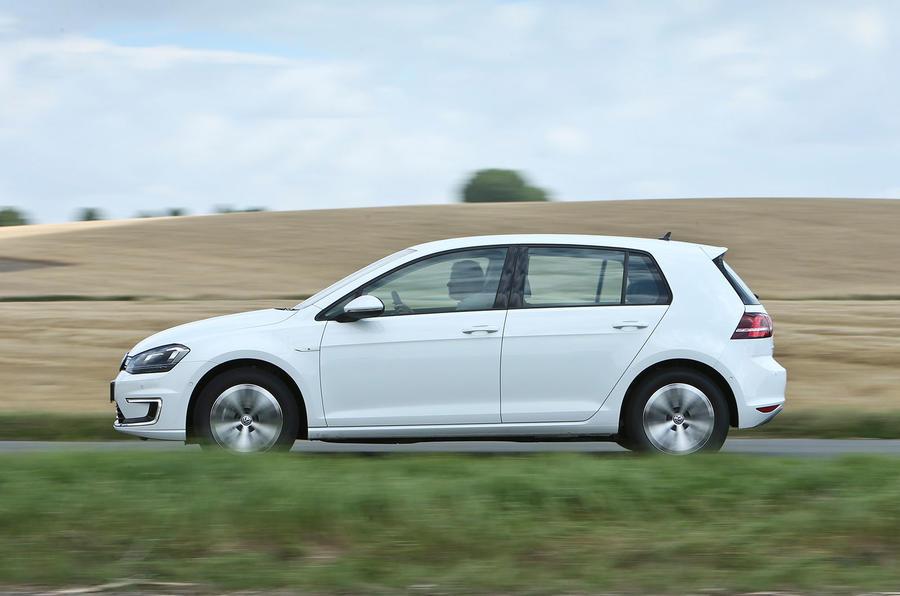Volkswagen e-Golf side profile