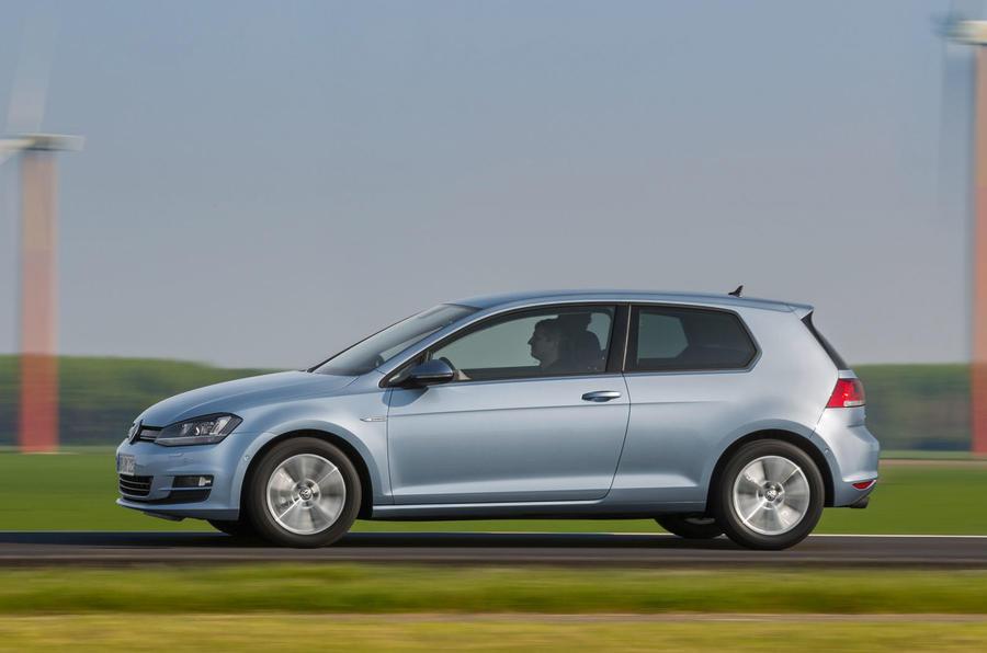 Volkswagen Golf Bluemotion side profile