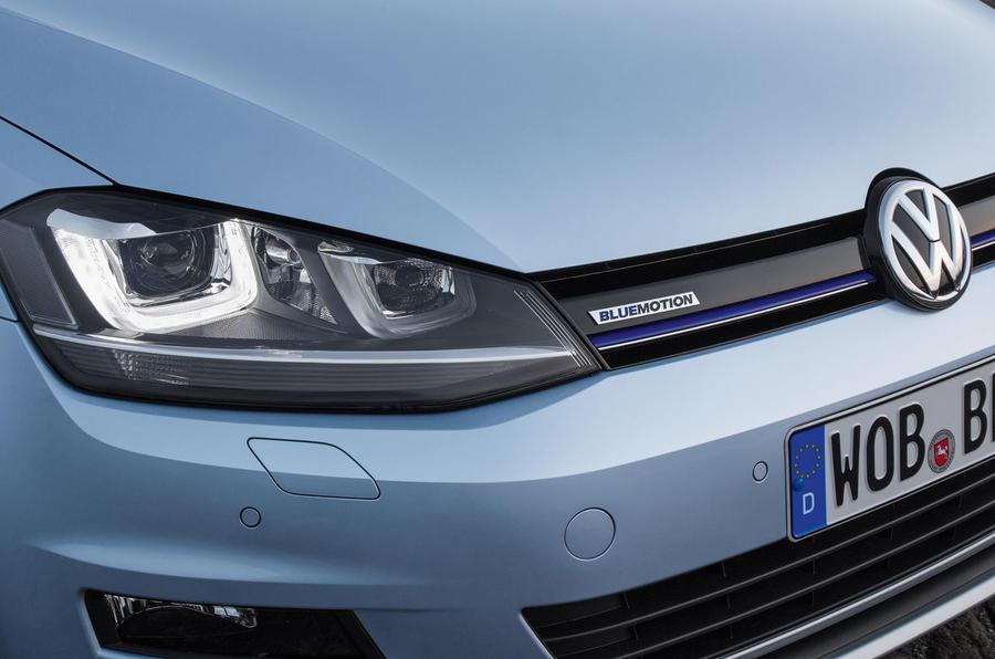 Volkswagen Golf Bluemotion bi-xenon headlights