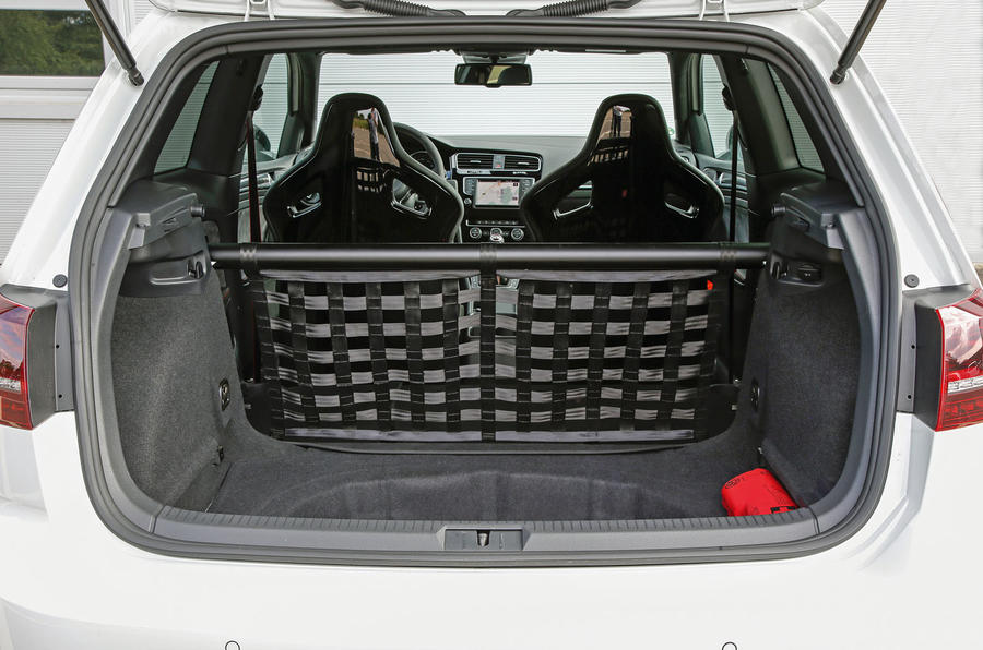 Volkswagen Golf GTI Clubsport S boot space