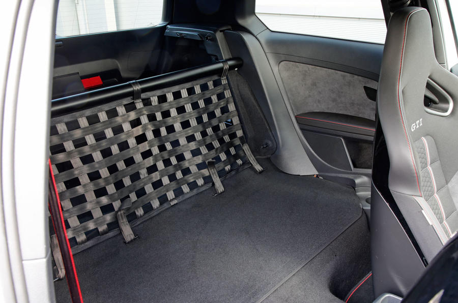 Volkswagen Golf GTI Clubsport S rear space