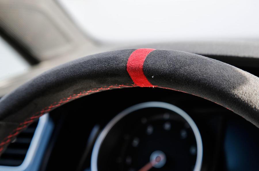 Volkswagen Golf GTI Clubsport S suede steering wheel