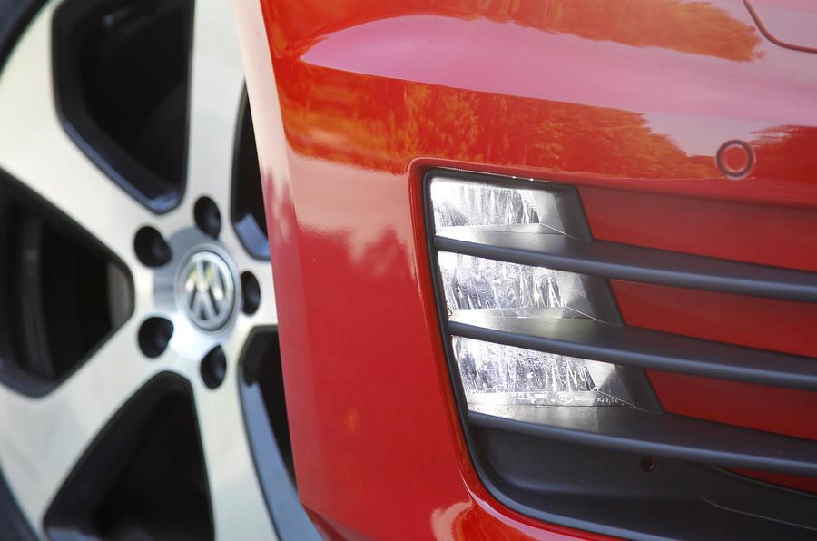Volkswagen Golf GTI foglight