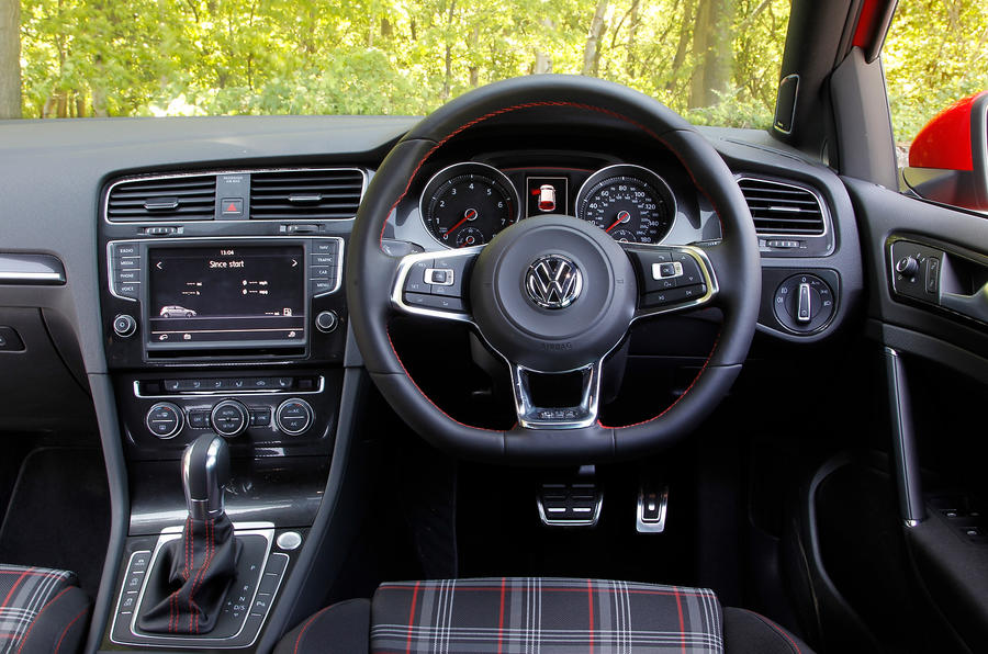 Volkswagen Golf GTI Performance Pack Dr DSG UK First Drive - 2013 volkswagen golf gti interior