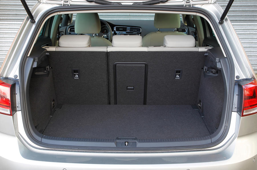 Volkswagen Gold boot space