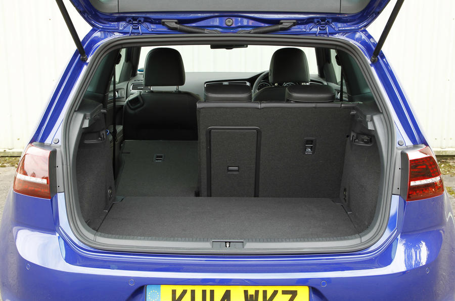 The opening to the 380-litre boot to the Volkswagen Golf R