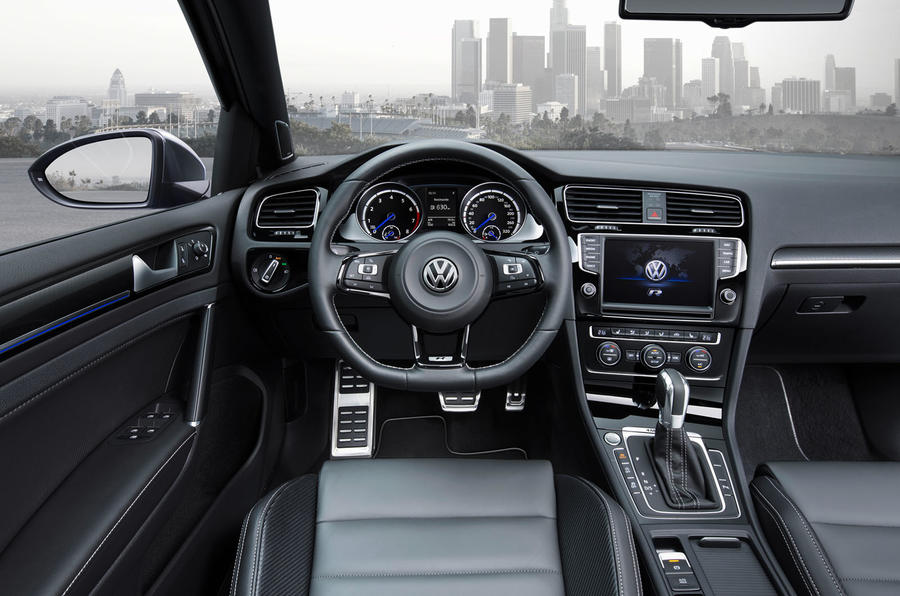 Volkswagen reveals hot 296bhp Golf R estate