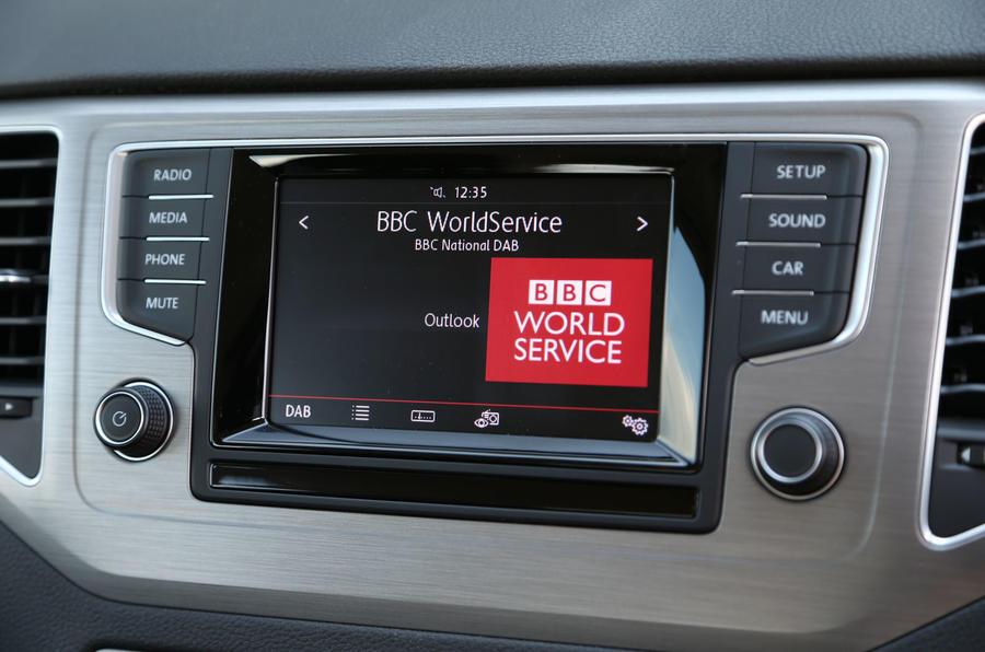 Volkswagen Golf SV infotainment system
