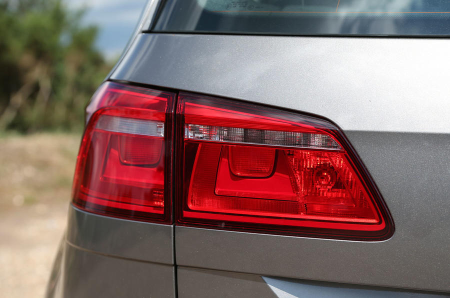 Volkswagen Golf SV rear lights