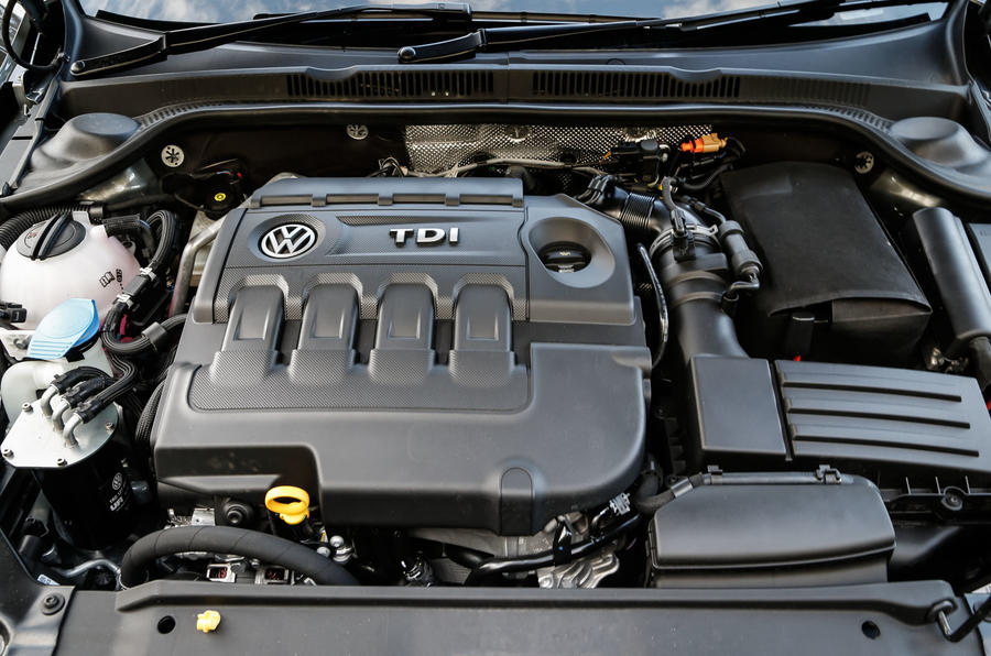2014 Volkswagen Jetta 2.0 TDI SE UK first drive