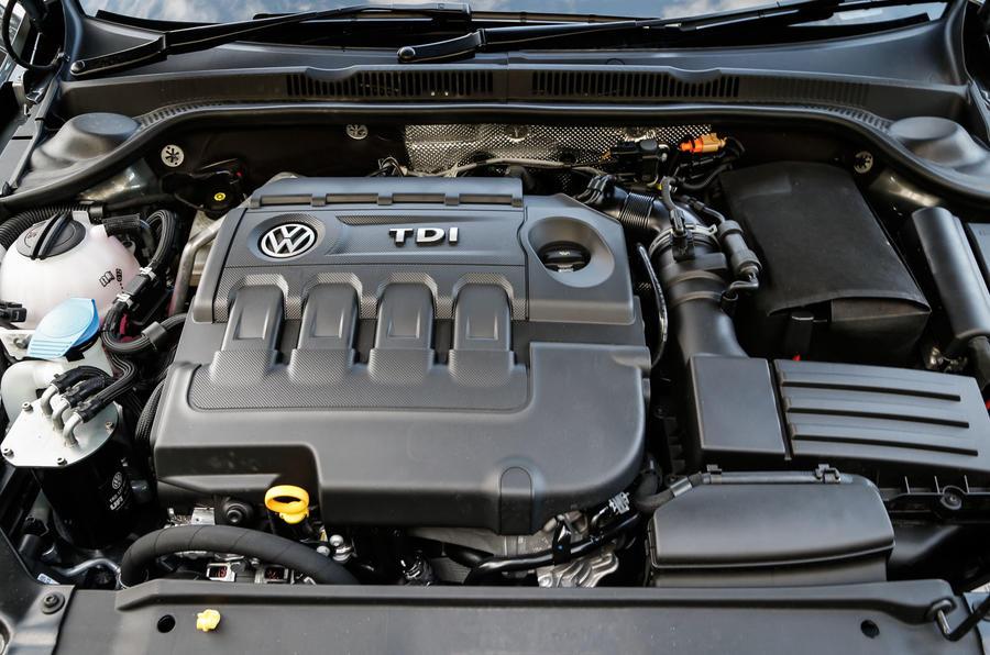 2014 Volkswagen Jetta 2.0 TDI SE UK first drive