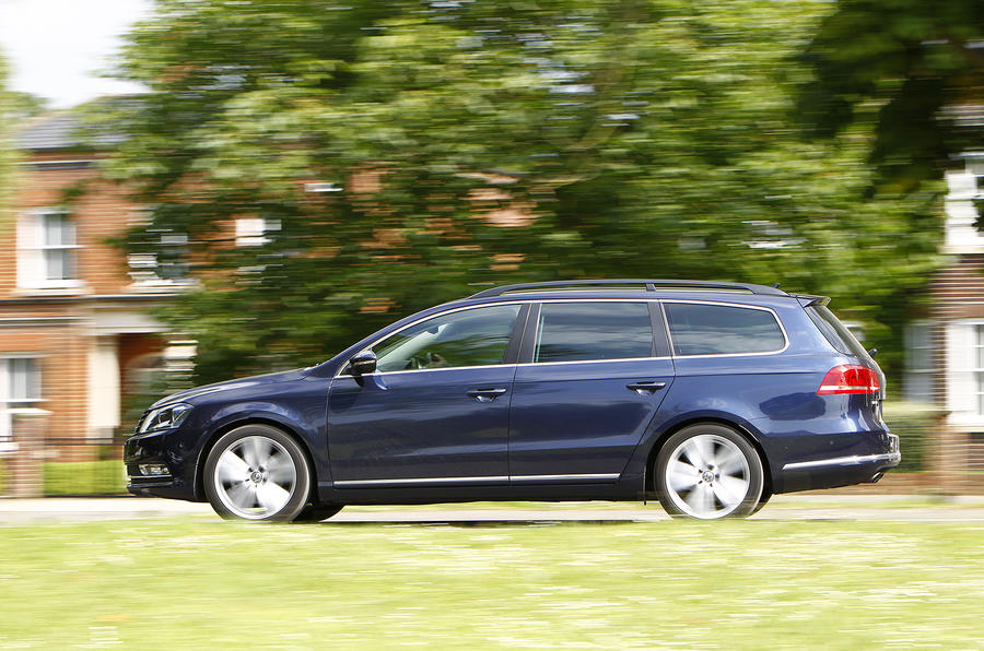 £32,100 Volkswagen Passat estate Executive Style