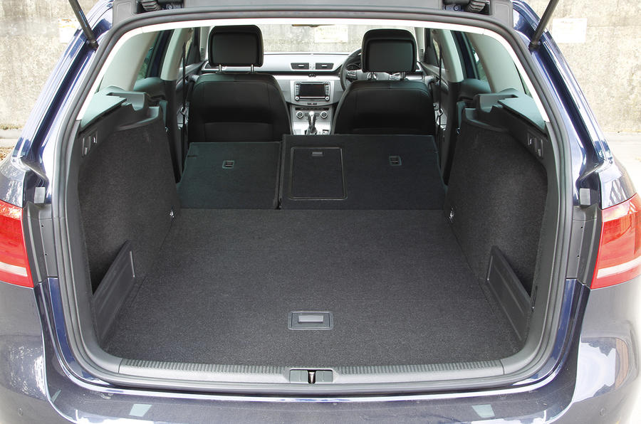 Volkswagen Passat estate Executive Style boot space