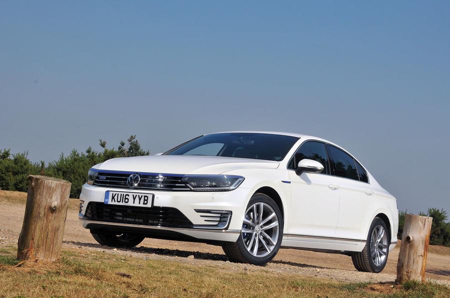 4 star Volkswagen Passat GTE
