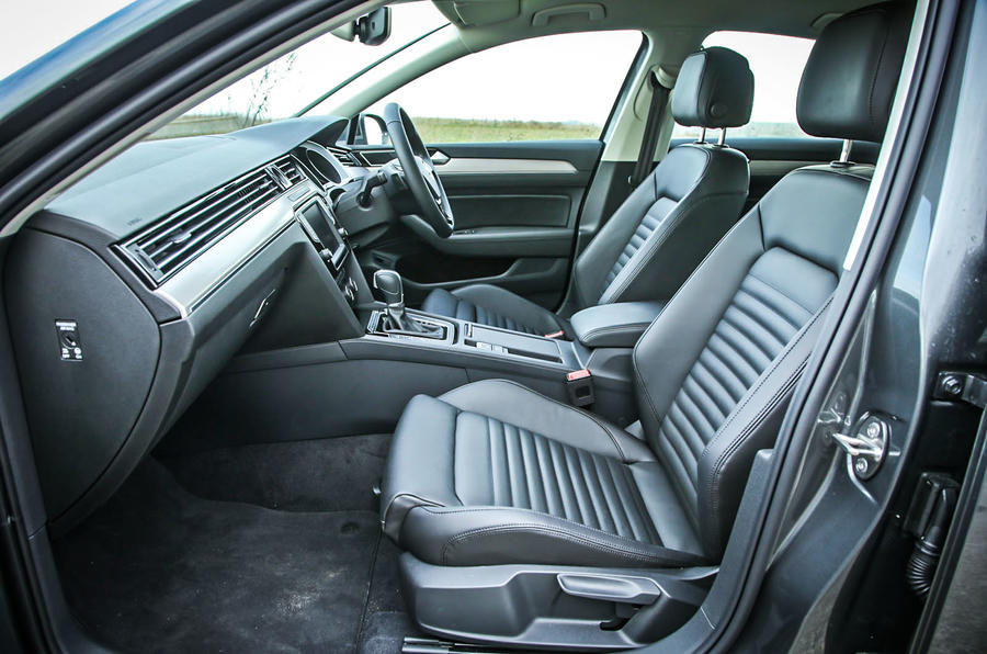 The Front Seats Of The High Spec Volkswagen Passat Awesome Ideas