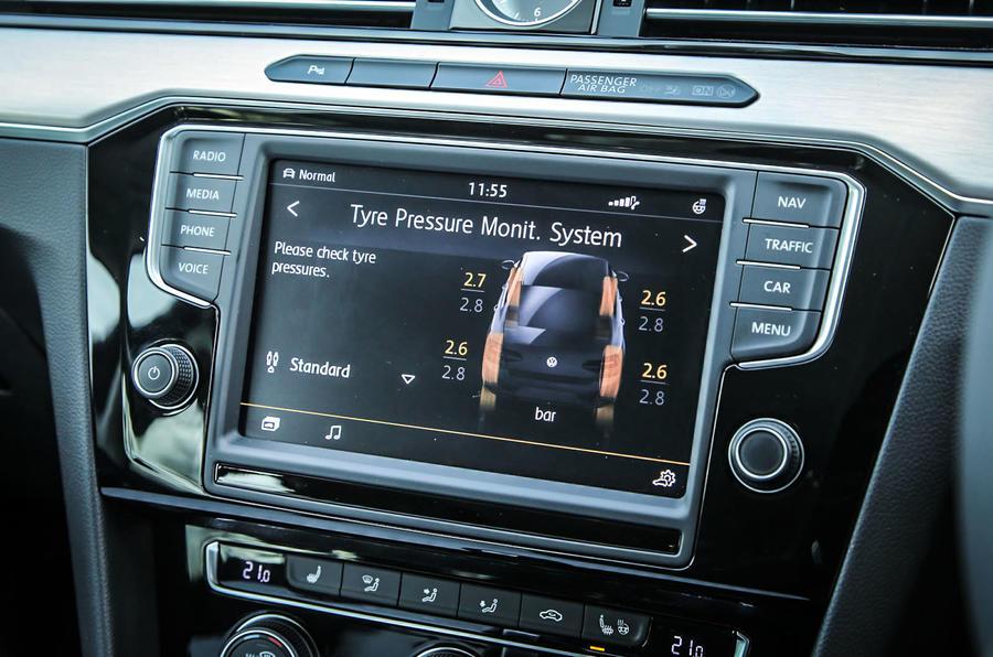 Volkswagen Passat infotainment system