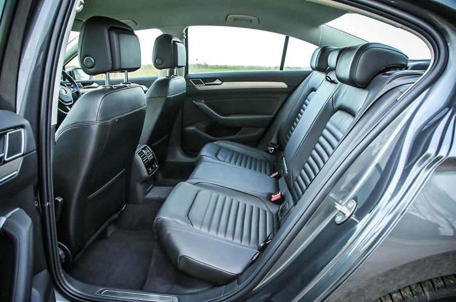 Volkswagen Passat Interior Autocar