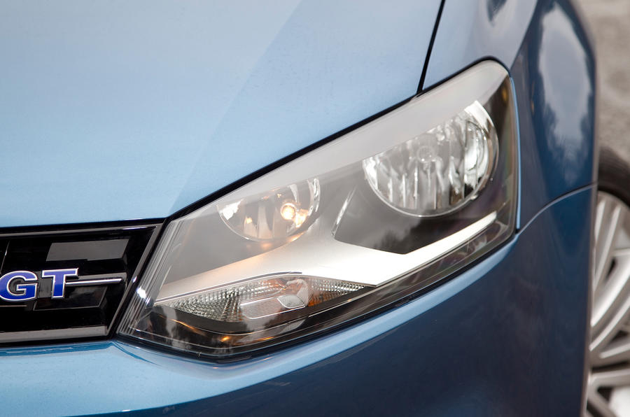 Volkswagen Polo BlueGT headlight