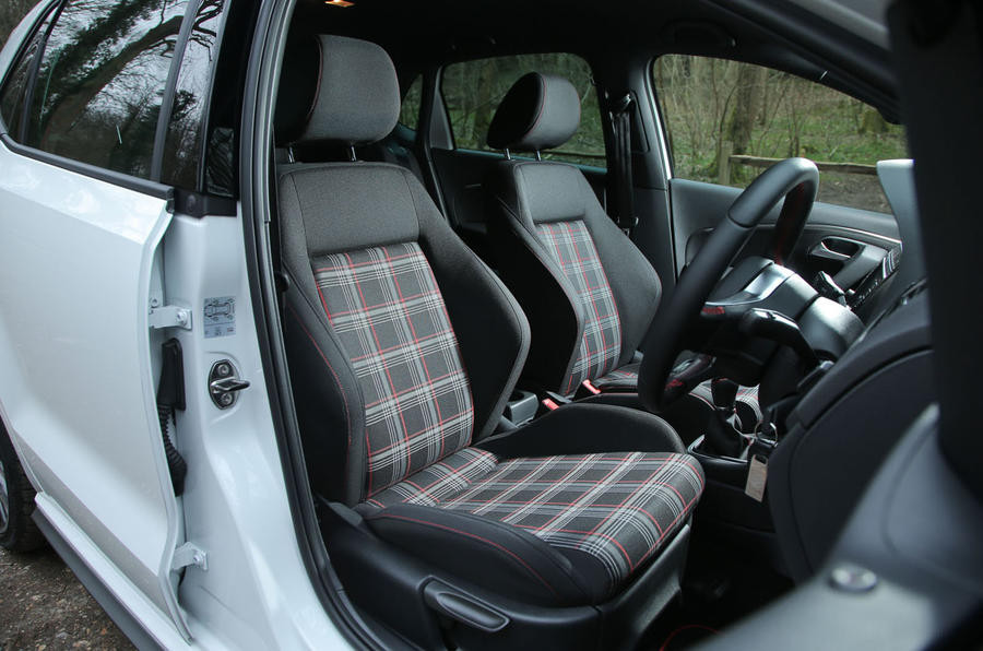 Volkswagen Polo GTI front seats