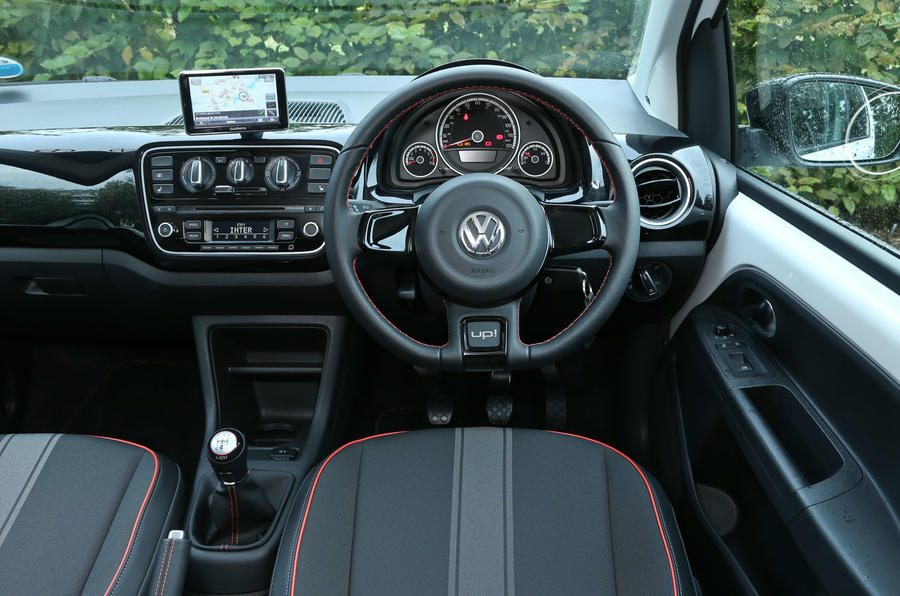 Comparison: Renault Twingo versus Volkswagen Up