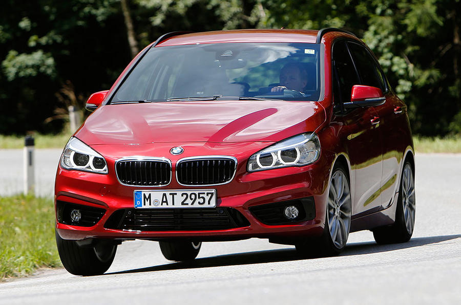 Comparison - BMW 2-series Active Tourer vs VW Golf SV