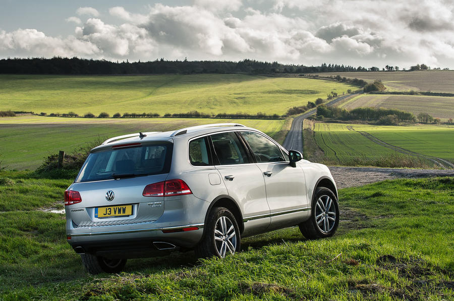 Volkswagen Touareg rear off-roading