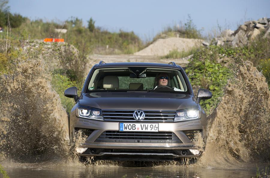 Volkswagen Touareg off-roading